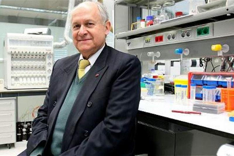 Dr. Manuel Elkin Patarroyo